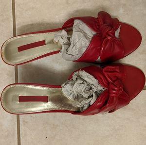 Bandolino Red heels